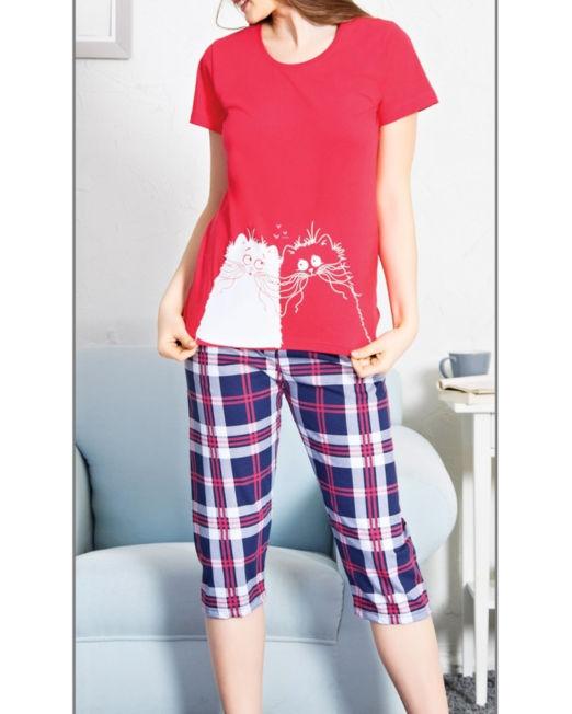 Dámska pyžamá kapri