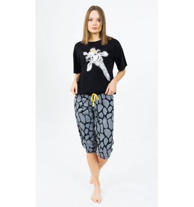 damske-pyzamo-kapri-zirafa